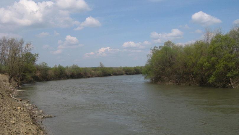 Avertizare hidrologică! Codul Galben de scurgere scăzută în bazinul râului Prut prelungit
