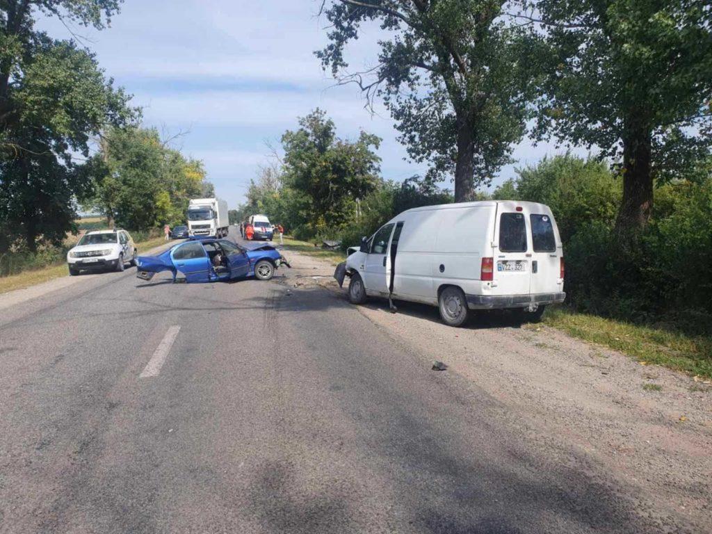 Foto /VIDEO/ Accident cu implicare a patru unități de transport în raionul Drochia 4 27.10.2021