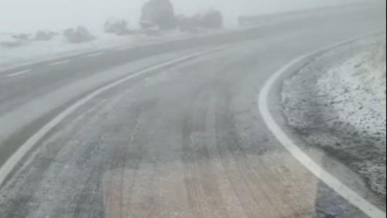/VIDEO/ În România a căzut prima zăpadă din acest sezon