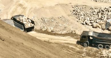 Foto /VIDEO/ Spălare de bani și unități de transport fără testare tehnică. Mai multe ilegalități la o carieră de piatră din nordul țării 2 22.09.2021