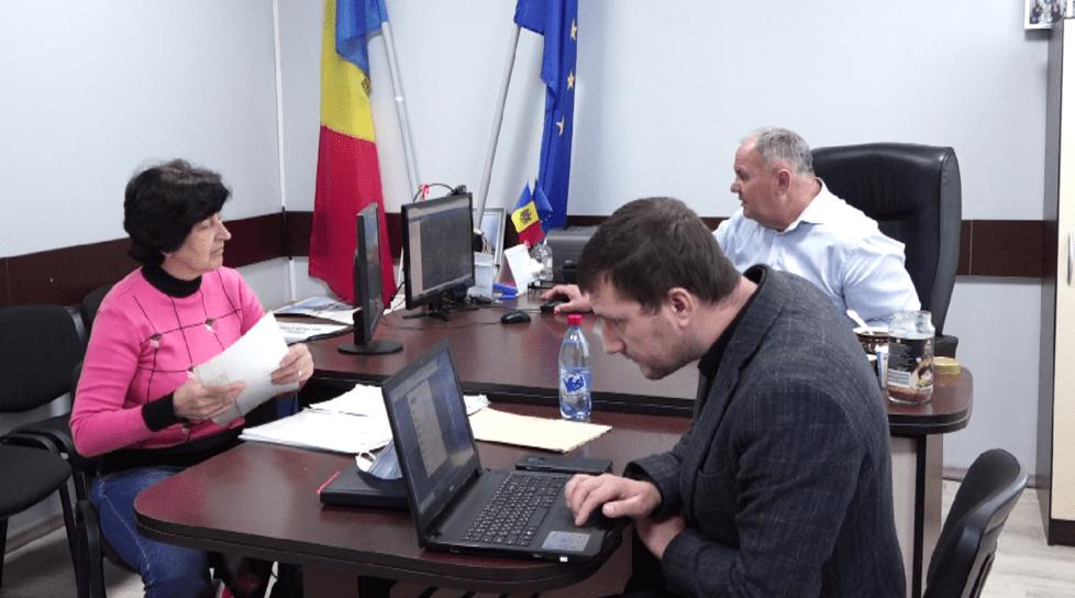 /VIDEO/ Asistență juridică gratuită pentru locuitorii din satul Sofia, raionul Drochia. Cu ce probleme se confruntă localnicii