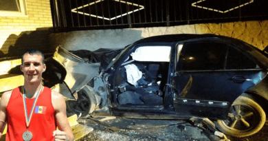 Tânărul care a decedat după s-a tamponat cu mașina în gardul unei mănăstiri din raionul Ocnița, este boxerul Vasile Belous