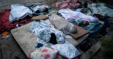 Foto Sute de mii de oameni din Haiti nu au apă, mâncare și sunt amenințați de boli 3 18.09.2021