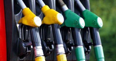 Foto Scumpiri noi la produsele petroliere. ANRE a ridicat prețurile pentru următoarele trei zile 1 21.09.2021