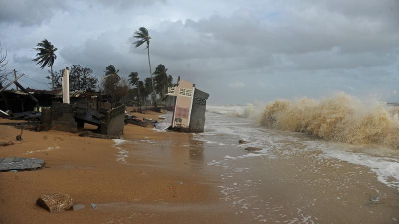Foto /FOTO/Thailanda a intrat în alertă. O furtună tropicală a scufundat 70.000 de locuințe, a ucis șase oameni și amenință capitala Bangkok 2 27.10.2021