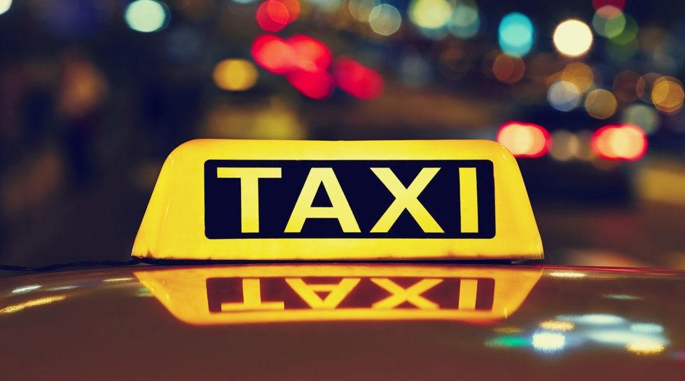 /FOTO/ Un taximetrist din Bălți a fost surprins drogat în timpul orelor de muncă
