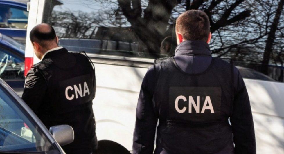 Tânăr din Drochia reținut de CNA pentru trafic de influență