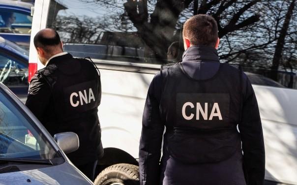 Foto Trei persoane din Florești și Sîngerei, reținute pentru trafic de influență. Ar fi promis să-i scape de pușcărie pe figuranții unui dosar de viol 1 17.10.2021
