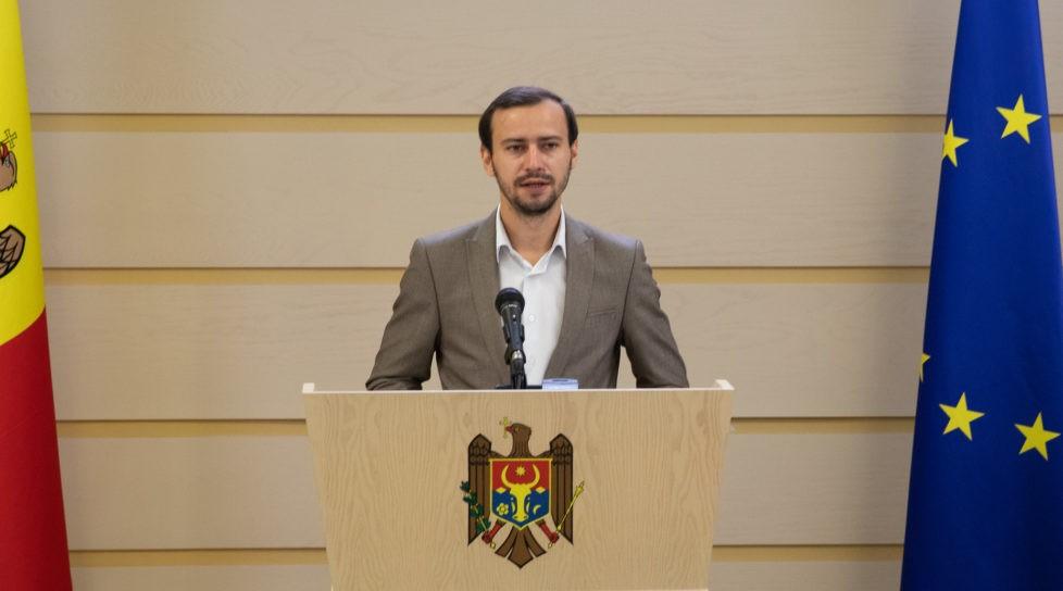 """Foto Președintele interimar al PPPDA, Dinu Plîngău, a comentat plecarea Arinei Spătaru din partid: """"celor care pleacă le dorim succes"""" 1 17.10.2021"""