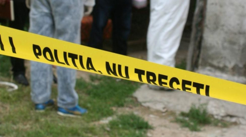 Un bărbat din raionul Sîngerei a fost găsit strangulat la o margine de sat