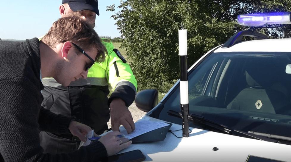 Foto /VIDEO/ Sute de șoferi au pășit cu stângul de dimineață. Polițiștii i-au tras pe dreapta pentru încălcarea limitei de viteză 1 17.10.2021