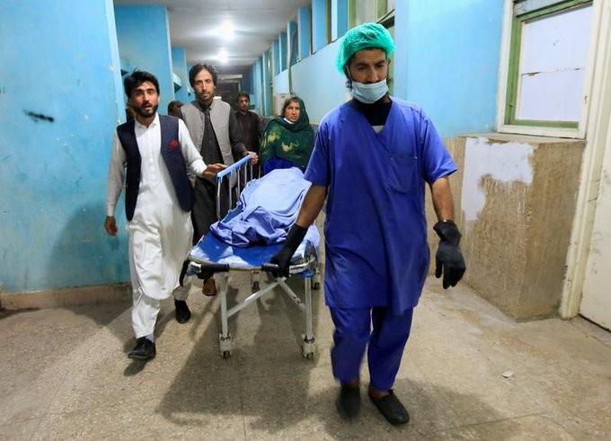 Foto Sistemul medical din Afganistan este aproape de colaps: 2.000 de centre medicale s-au închis după venirea la putere a regimului taliban 1 27.10.2021