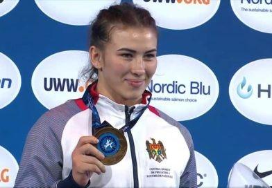 Foto Молдавские спортсменки завоевали золото и серебро на чемпионате мира по вольной борьбе 13 17.10.2021