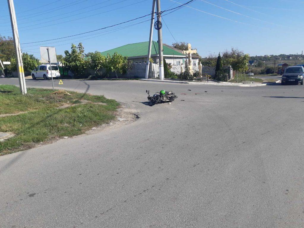 Foto /FOTO/ Într-o singură zi trei accidente cu implicarea motocicletelor s-au produs în orașele din nordul țării 3 27.10.2021