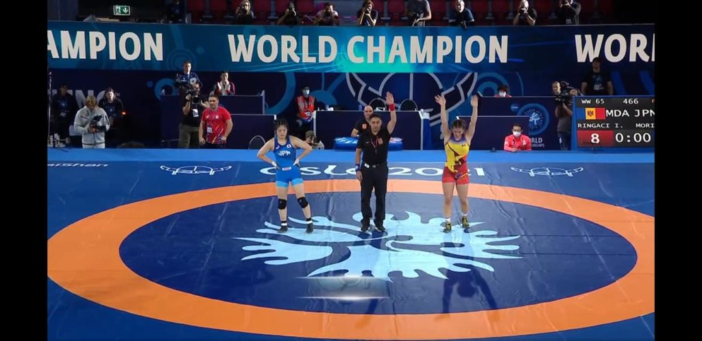 Foto Молдавские спортсменки завоевали золото и серебро на чемпионате мира по вольной борьбе 2 17.10.2021