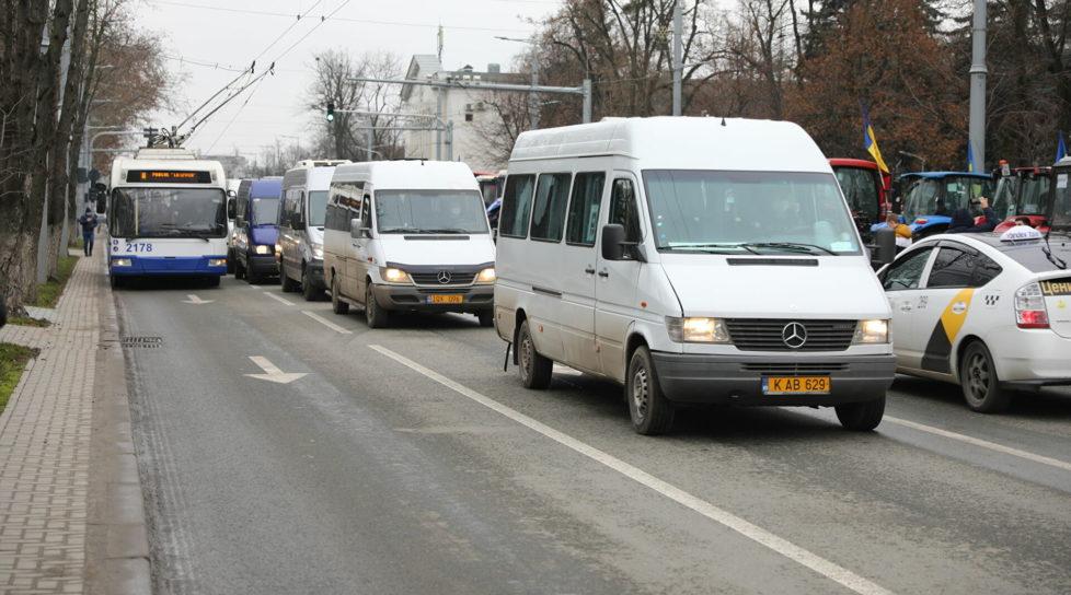 Foto Ne așteaptă noi scumpiri. Transportatorii solicită ajustarea tarifelor 1 27.10.2021