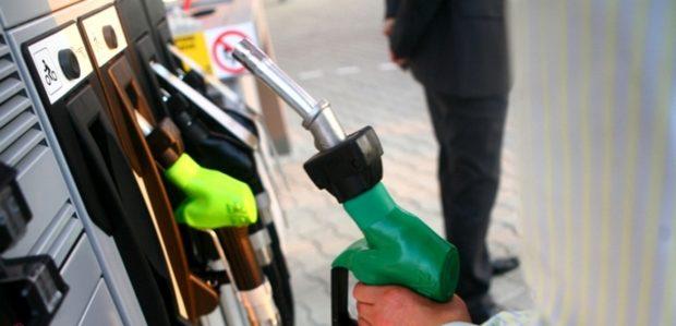 Foto Record istoric pentru R.Moldova. Pentru prima data prețul pentru motorină depășește 18 lei/litru 1 17.10.2021
