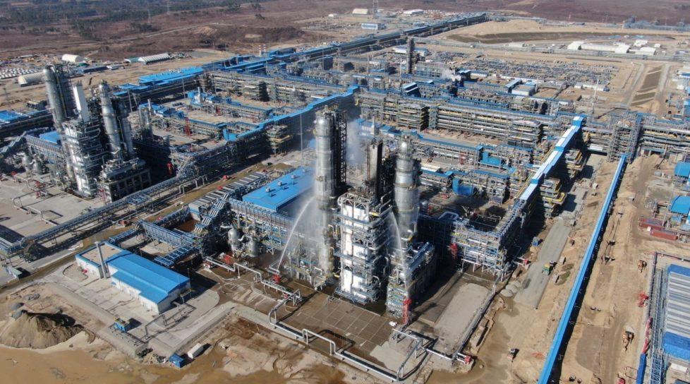 Foto /VIDEO/Incendiu de proporții la o uzină de tratare a gazelor care aparține Gazprom 1 27.10.2021
