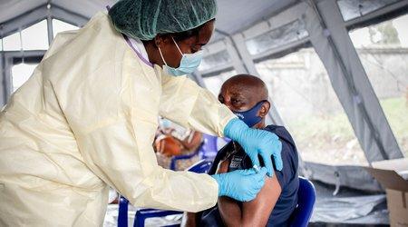Foto Moment istoric. OMS aprobă vaccinul anti-malarie pentru Africa, boala care ucide de milenii în special copii 1 27.10.2021