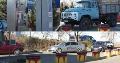 """Foto /VIDEO/ """"Stau aici de șase ore"""". Soferii mașinilor de mare tonaj nu mai au unde să își facă plinul cu metan 3 27.10.2021"""