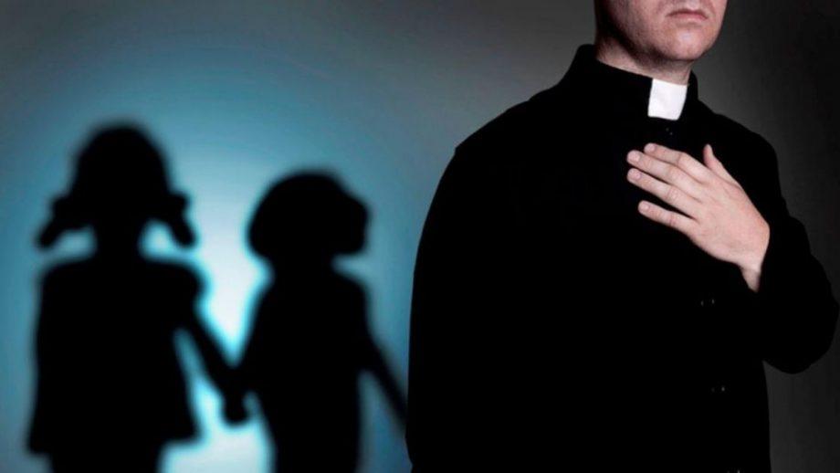 Foto Investigație: Peste 200.000 de copii au fost abuzați sexual de preoți catolici francezi din 1950 și până astăzi 1 17.10.2021