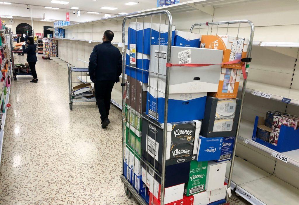 Foto /FOTO/ Criză de alimente în Marea Britanie. Nici urmă de carne, legume sau lapte în supermarketuri 5 17.10.2021