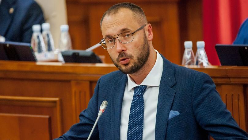 Moțiunea simplă împotriva ministrului Justiției, respinsă de Parlament