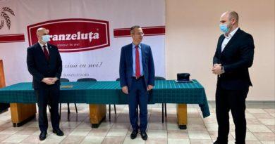 Foto У КОМПАНИИ FRANZELUȚA НОВЫЙ ВРЕМЕННЫЙ ГЛАВА 5 27.10.2021