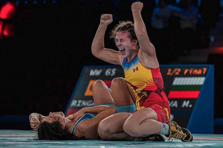 Foto Moldoveanca Irina Rîngaci a devenit campioană mondială la lupte libere 2 26.10.2021