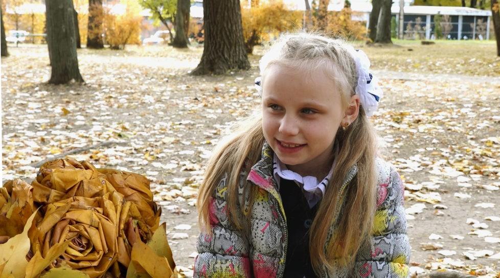 Foto /VIDEO/ La doar 8 ani are propria afacere. O fetiță din Bălți confecționează buchețele din frunze pentru a-și îndeplini visul 10 26.10.2021